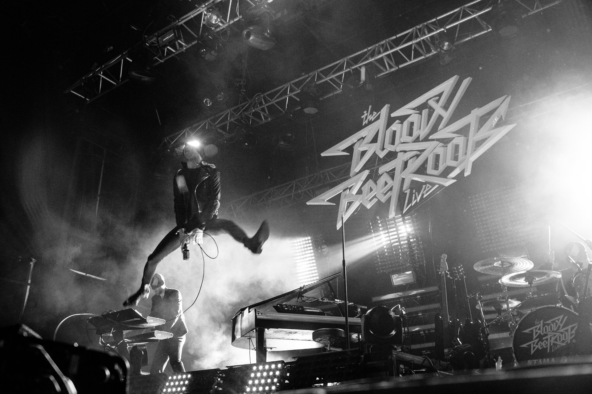 BLOODY BEETROOTS_16